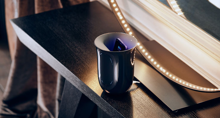 Lexon OBLIO Blue wireless charger