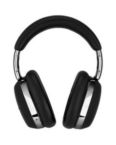 These Montblanc Black Over-Ear MB 01 Smart Travel Headphones feature a smooth leather finish.