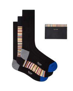 This Paul Smith gift set comes with a black card holder and three pairs of socks.