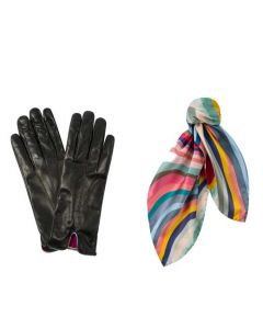 This Paul Smith gift set contains a pair of gloves and neckerchief.