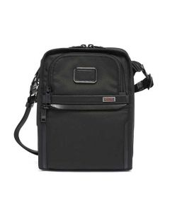 This bag has been designed by TUMI.